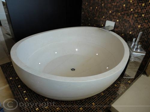 Vasca Da Bagno In Pietra : Vasche da bagno pietra lavica lavorazione marmi sergio grasso