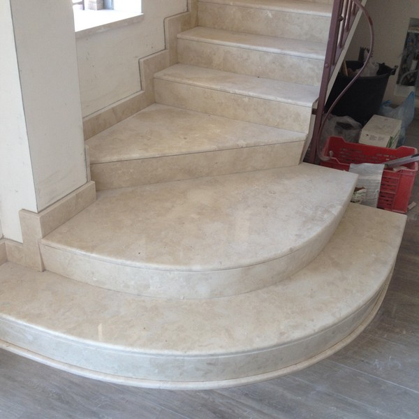 Scale per interni in marmo belle e robuste scale da - Scale interne pietra ...
