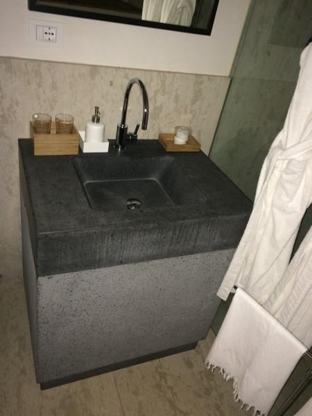 lavabi da bagno monolite in pietra e in marmo - Pietra lavica ...