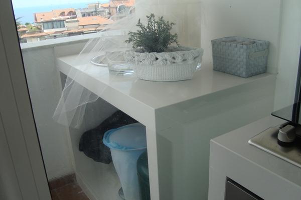 Top cucina pietra lavica lavorazione marmi sergio - Top cucina okite ...