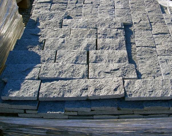spacco di cava in pietra lavica-Catania-Acireale - Pietra lavica -Lavorazione marmi - Sergio ...